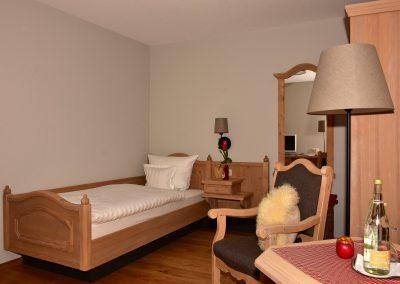 einzelzimmer-ohne-Balkon1
