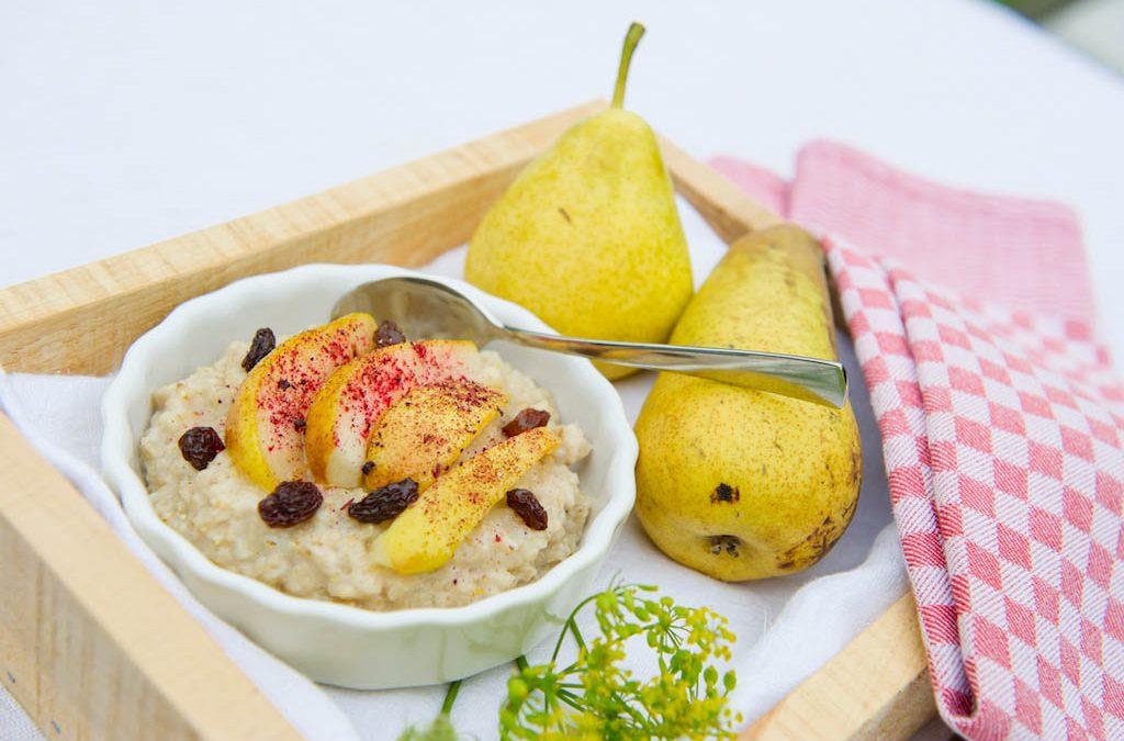 Warmer Frühstücksbrei für einen gesunden Start in den Tag