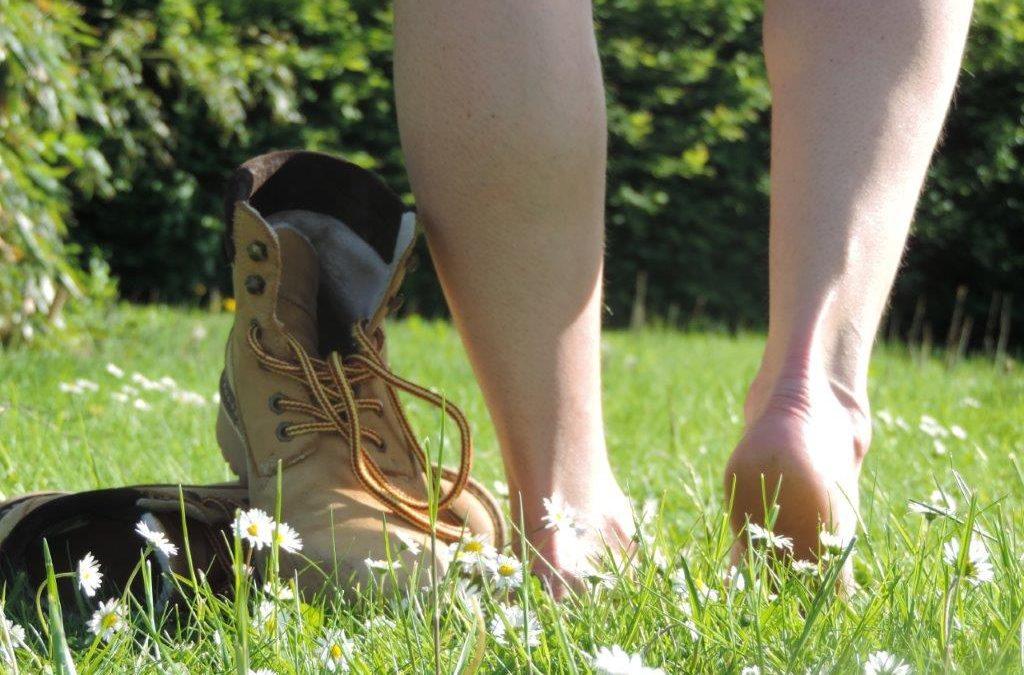 Barfuß laufen tut gut und ist außerdem gesund